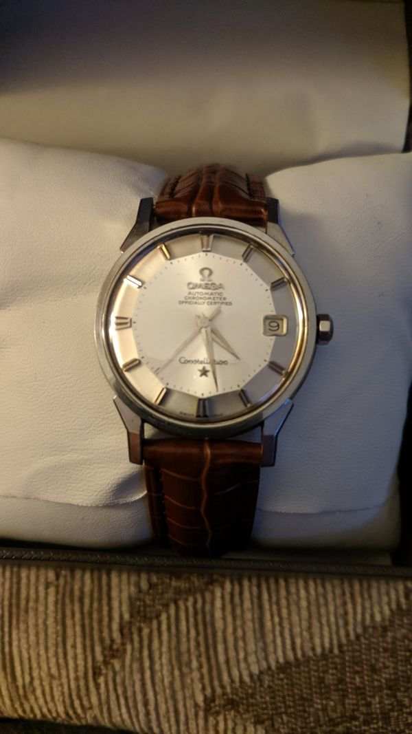 Sell an Old Vintage Omega - Omega watch Buyers